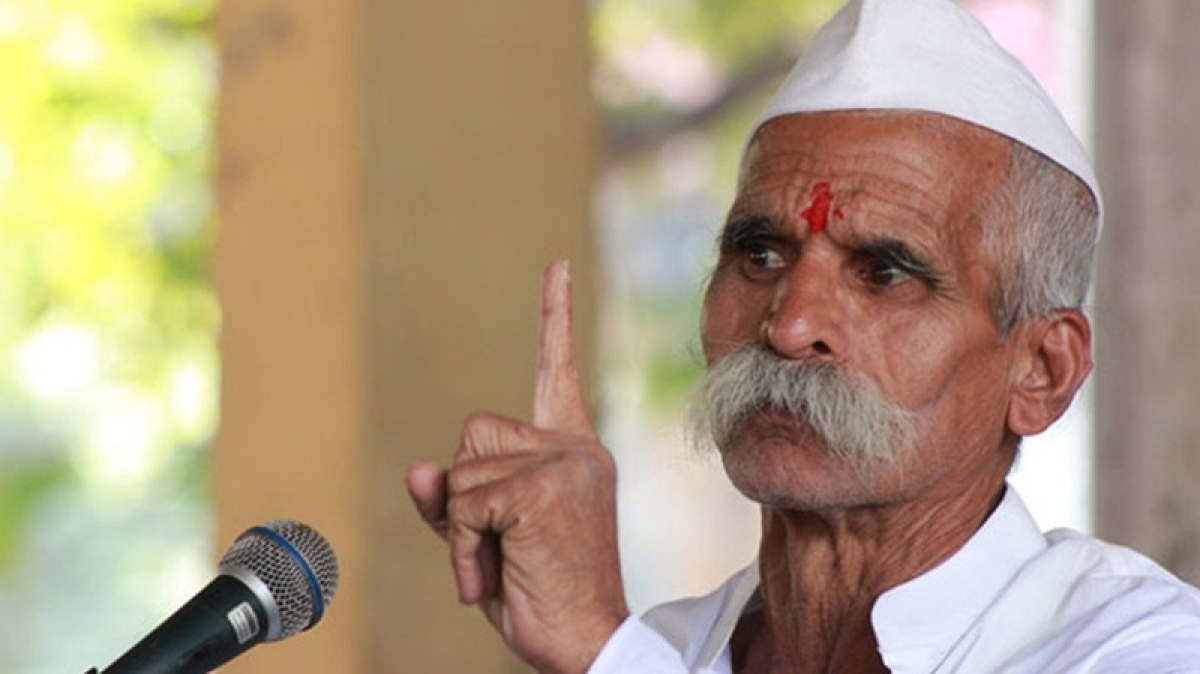 Maharashtra: MLC stages protest against Sambhaji Bhide by 'selling' mangoes