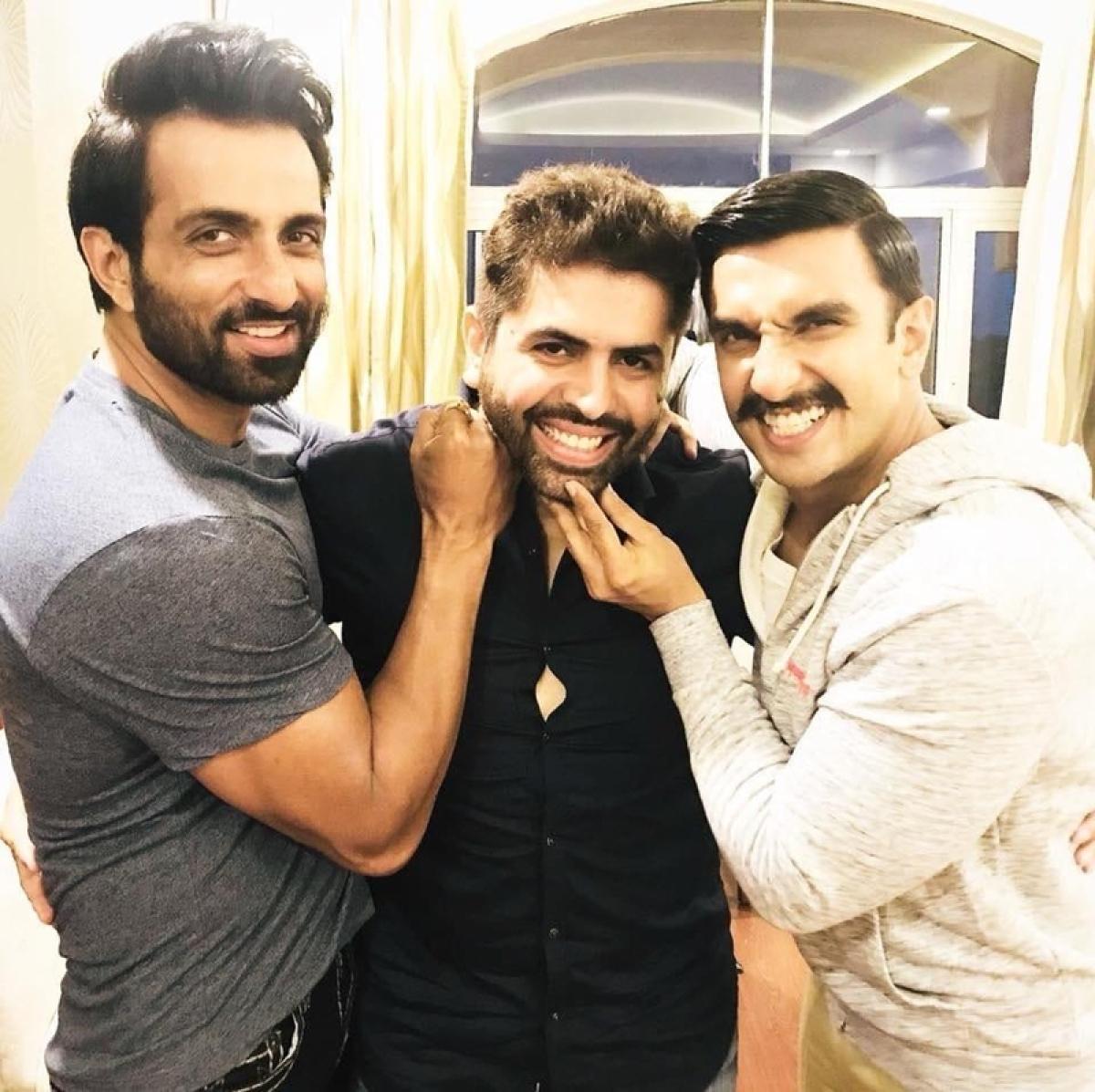 'Simmba': Ranveer Singh and his villain Sonu Sood enjoy in Hyderabad