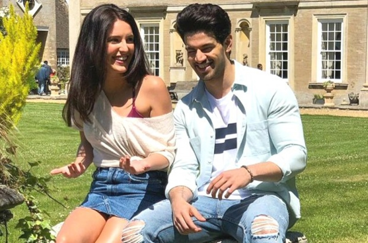 See pic: Isabelle Kaif and Sooraj Pancholi share a glimpse of their adorable chemistry on the sets of Time To Dance