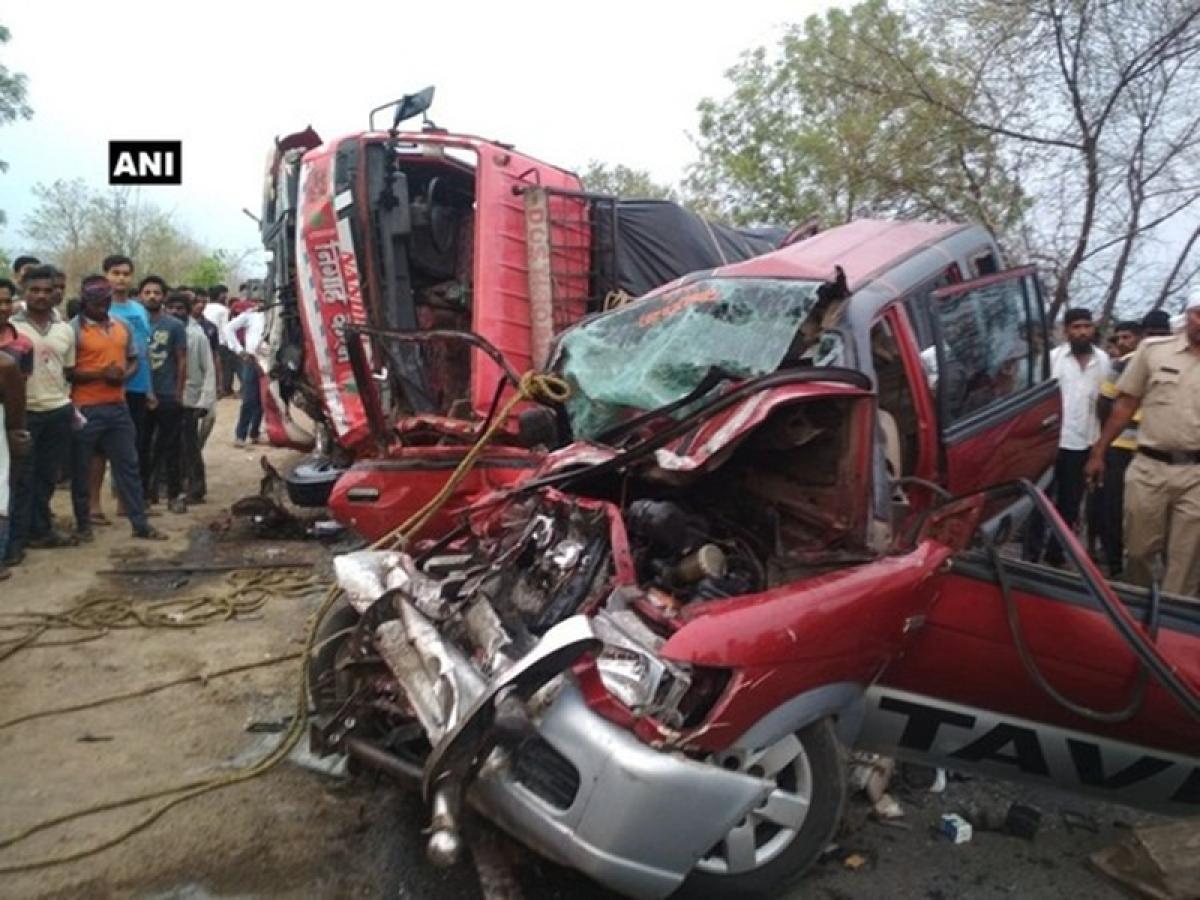 Maharashtra: Truck-car collision leaves 10 dead in Yavatmal