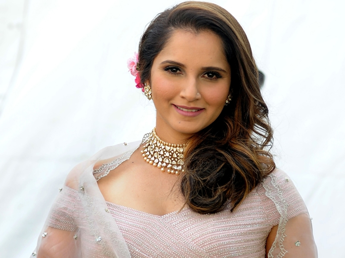 Sania Mirza honoured with 'Heroes Behind The Heroes' award