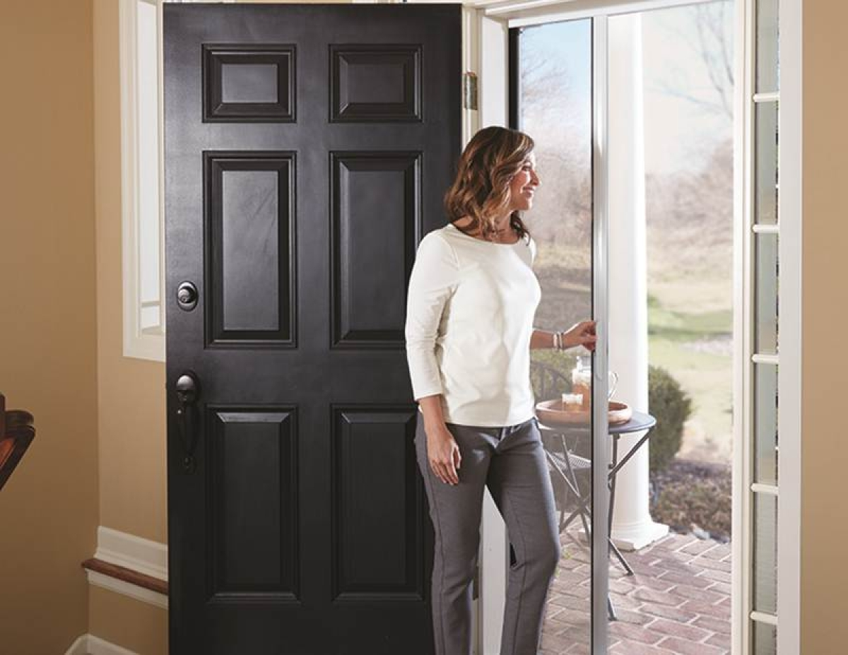 Why it's important to have the main entry door in the right position