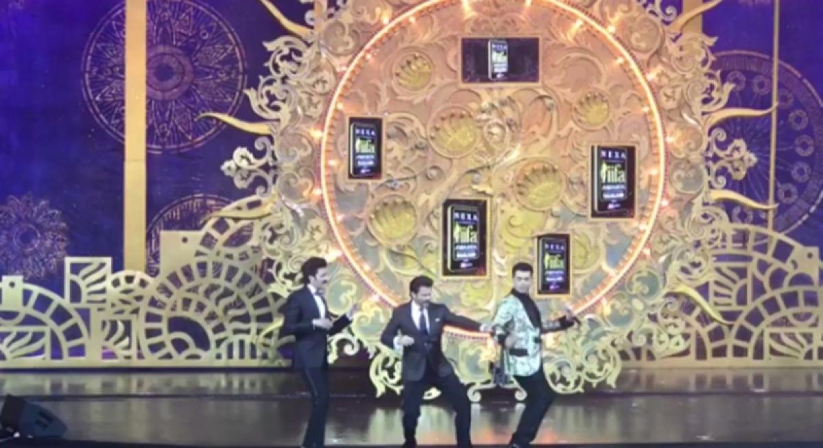 IIFA 2018: Anil Kapoor dancing on Sonam Kapoor's Tareefan is definitely not to be missed