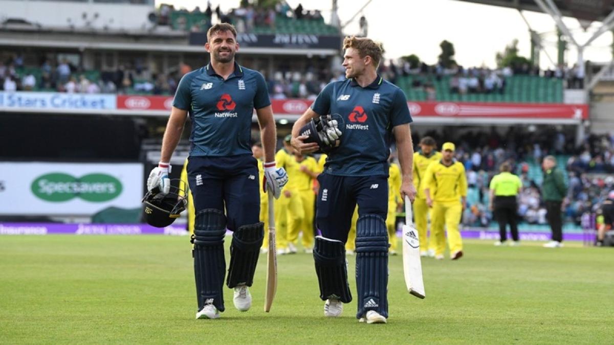 England beat Australia by 3 wickets in 1st ODI