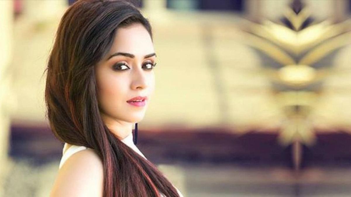 Amruta Khanvilkar will play a dark character in an upcoming series 'Damaged'