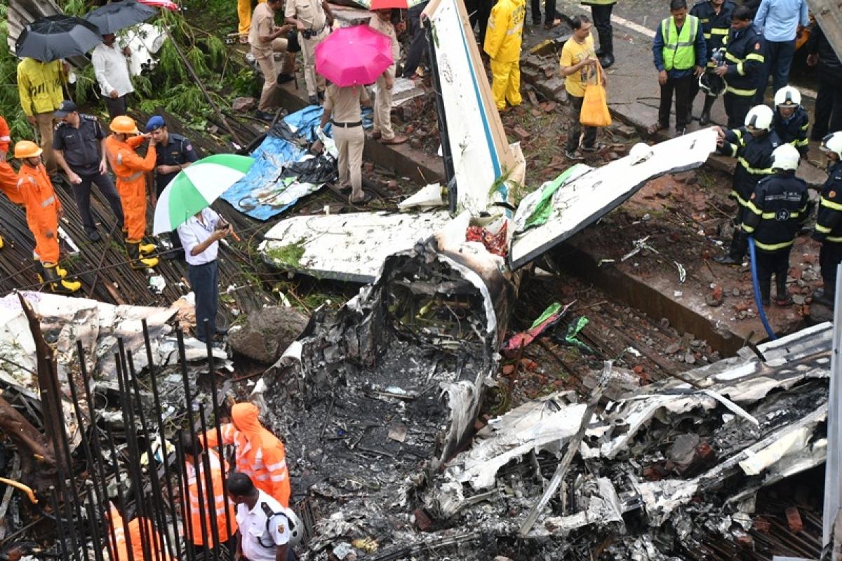 Mumbai: FIR registered in Ghatkopar plane crash