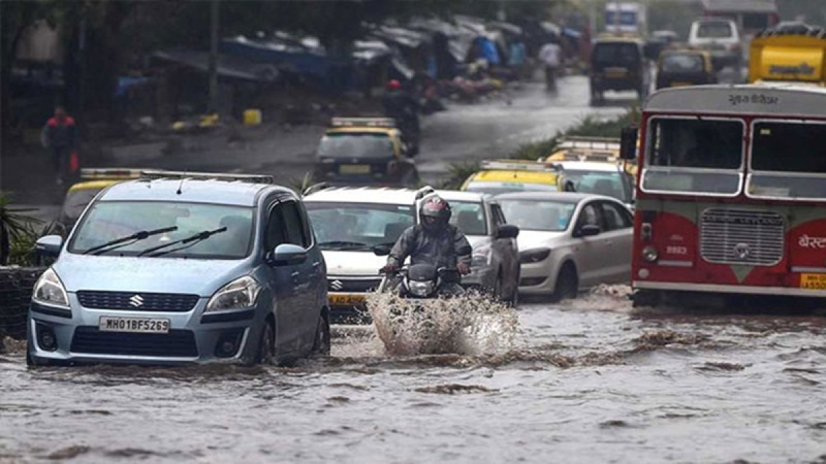 Mumbai Rains Latest Updates: Severe thunderstorms will continue to form from Ahmedabad to Mumbai