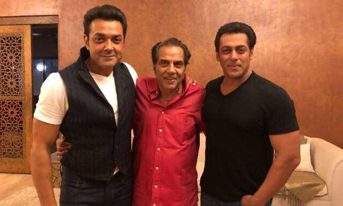 Salman Khan poses with Dharmendra and Bobby Deol, adds 'Race 3' zinger
