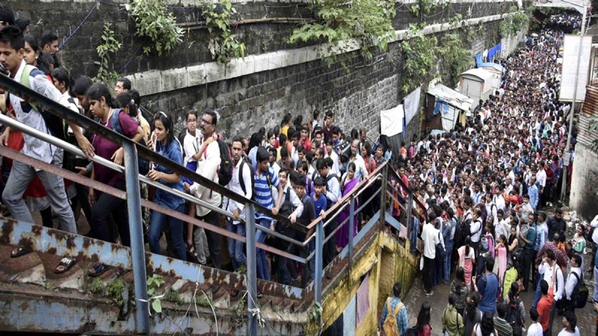 Mumbai: Elphinstone stampede spectre returns to haunt commuters after Lower Parel bridge closure