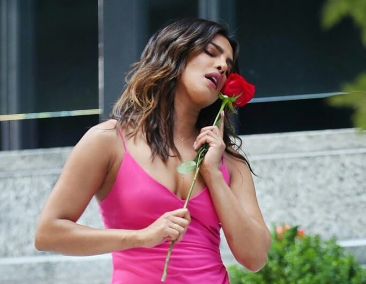What's with Priyanka Chopra and the age gap in her love life?