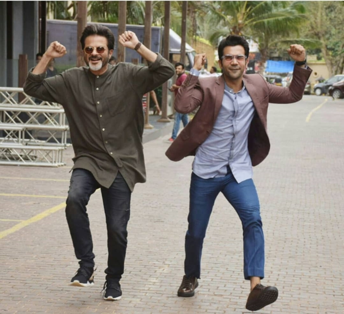 Ekdum Jhakaas! Rajkummar Rao grooves on Anil Kapoor's signature step for 'Fanney Khan'; watch video
