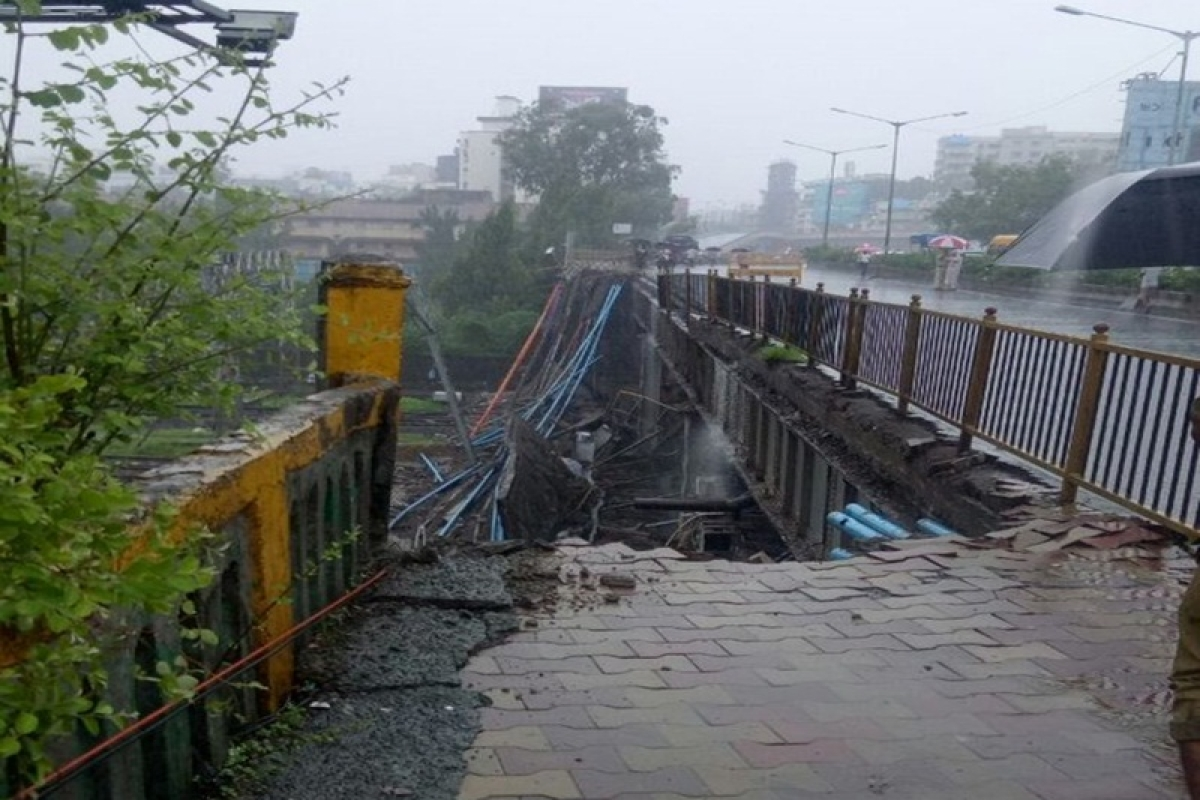 Andheri Bridge Collapse: Gokhale Bridge likely to be demolished in two phases