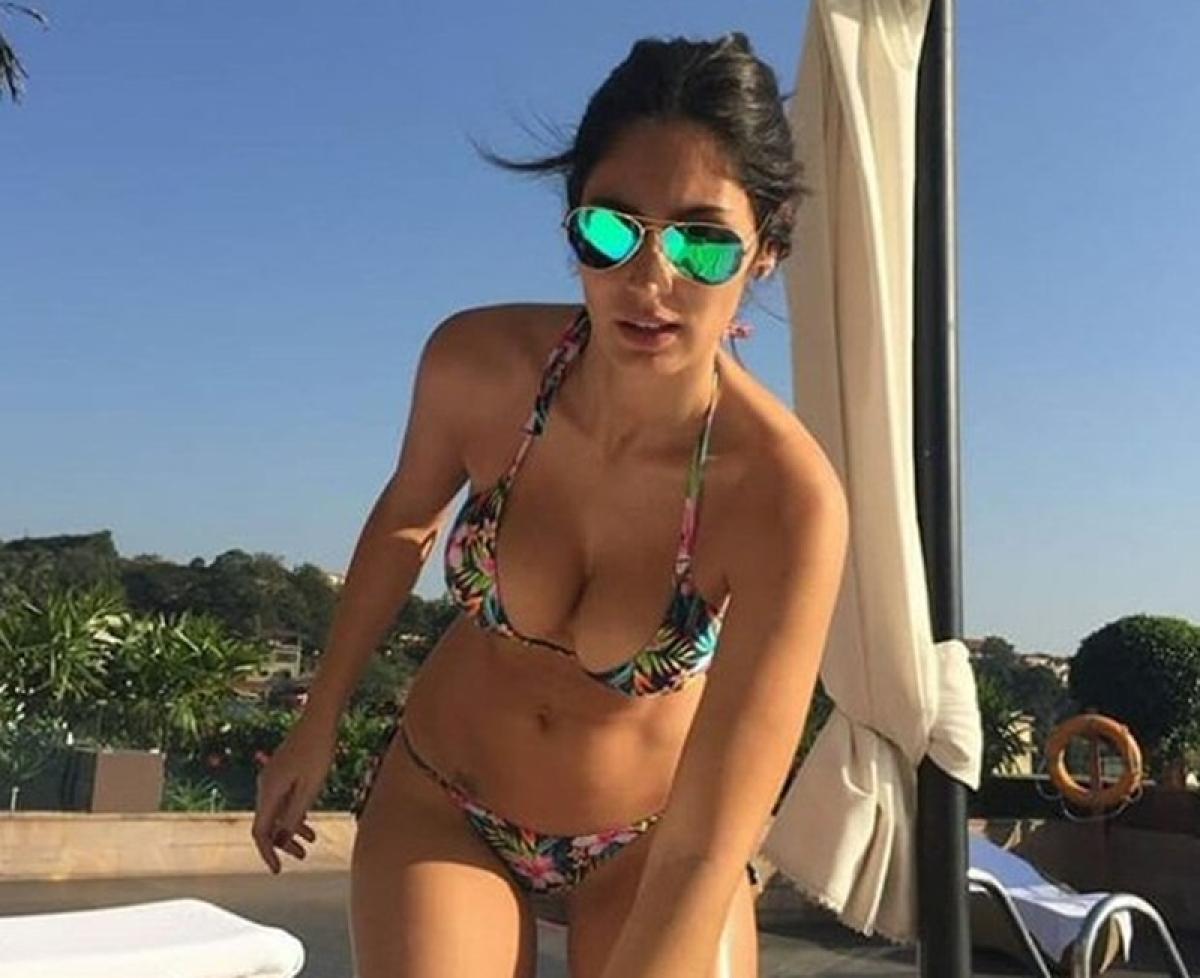 Hot and sexy Brazilian babe Bruna Abdullah's bikini photo will raise your brows