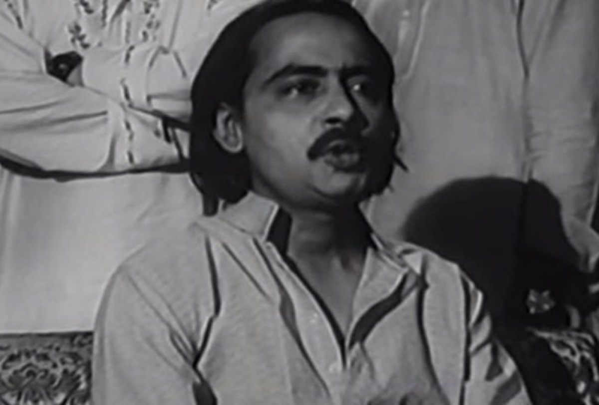 Veteran Bengali actor Chinmoy Roy falls off the 5th floor of his apartment