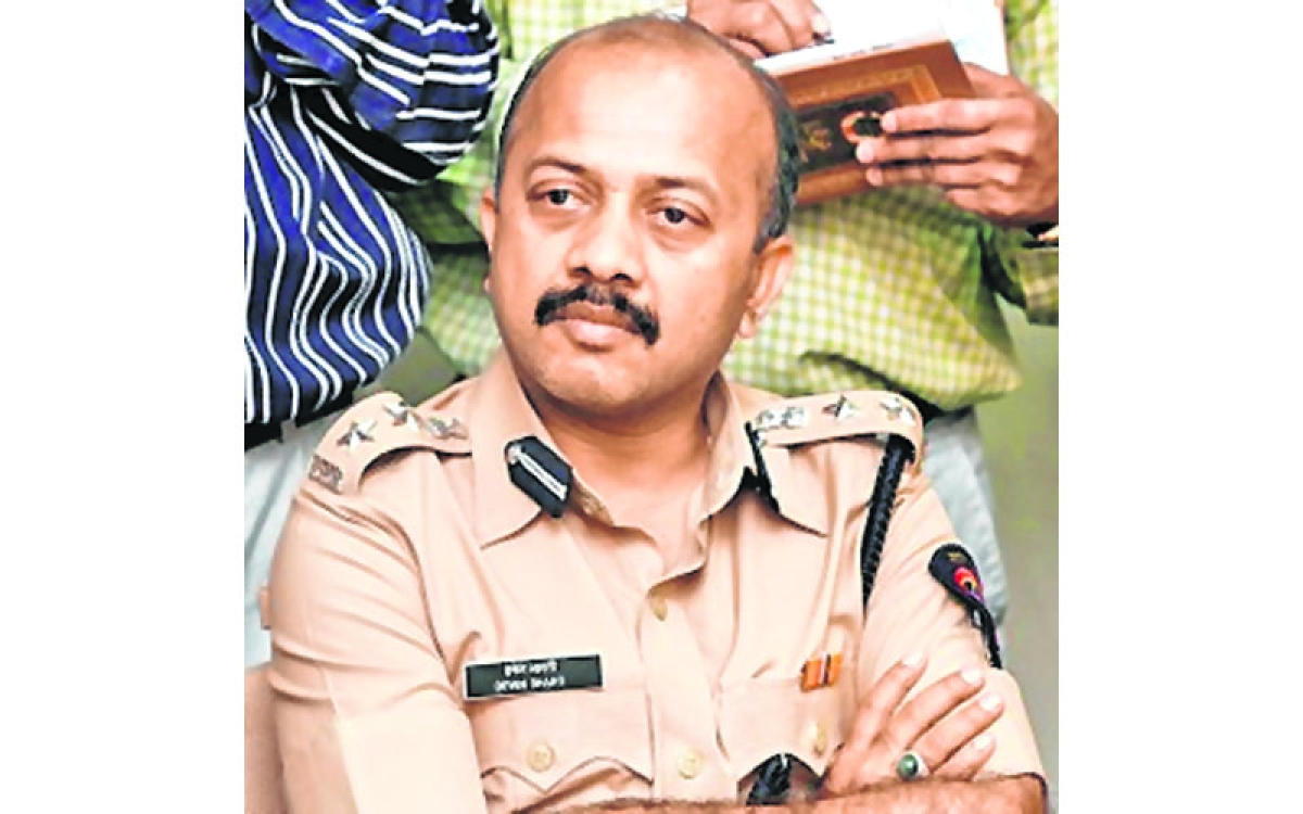 Sheena Bora Case: Deven Bharti claims to have 'no relations' with Peter and Indrani Mukherjea
