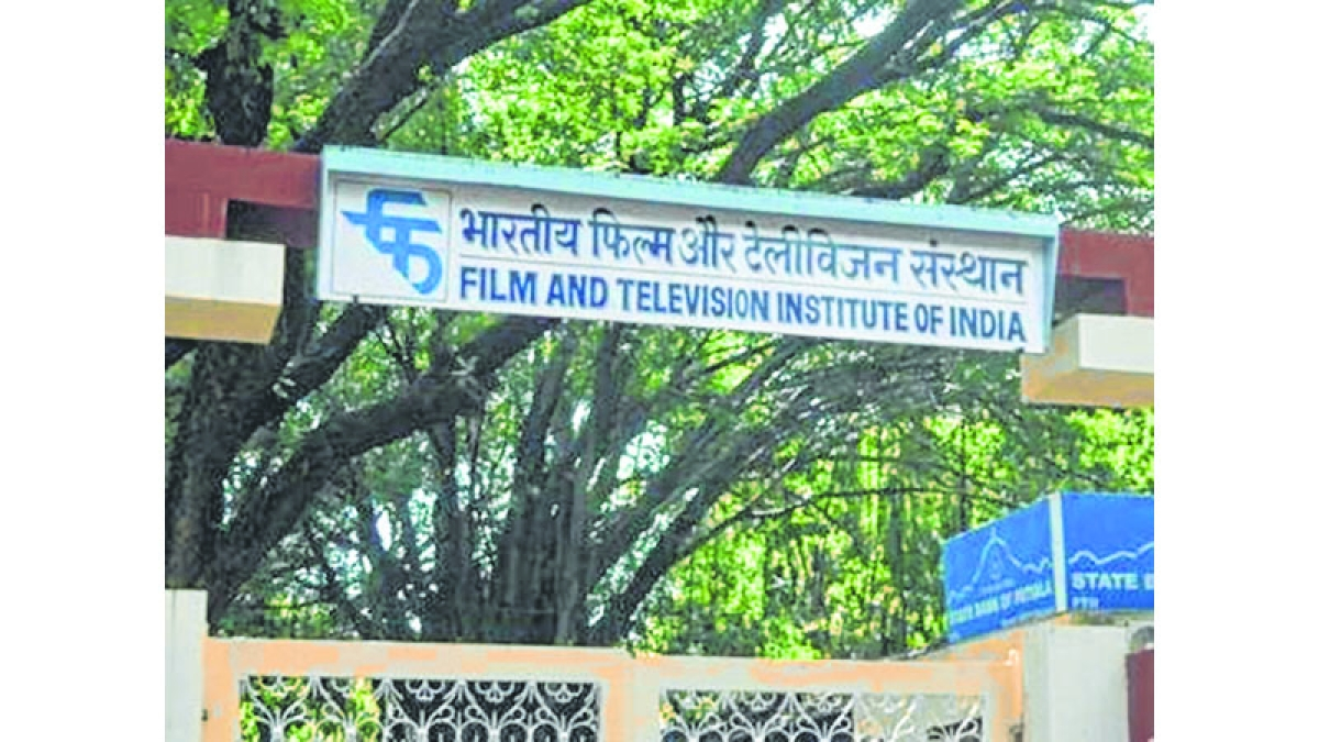Indian Army, FTII join hands to provide acting skills to Baramulla youth