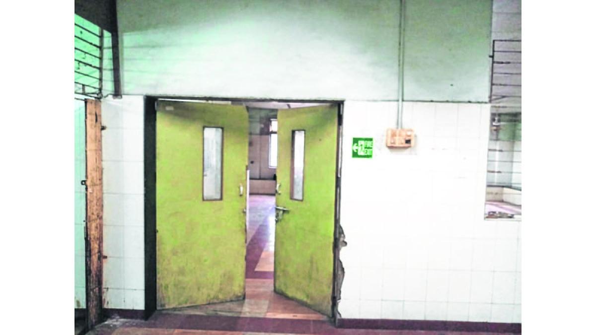 Sion Hospital morgue's AC breaks down, kin seek bodies