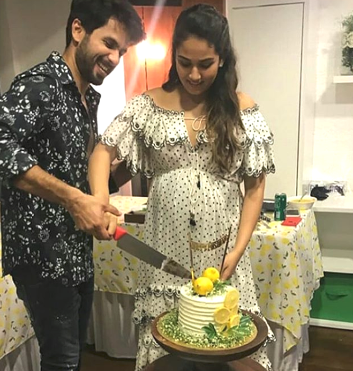 Inside pics-Mira Rajput is glowing at her baby shower; Ishaan Khatter, Janhvi Kapoor also present