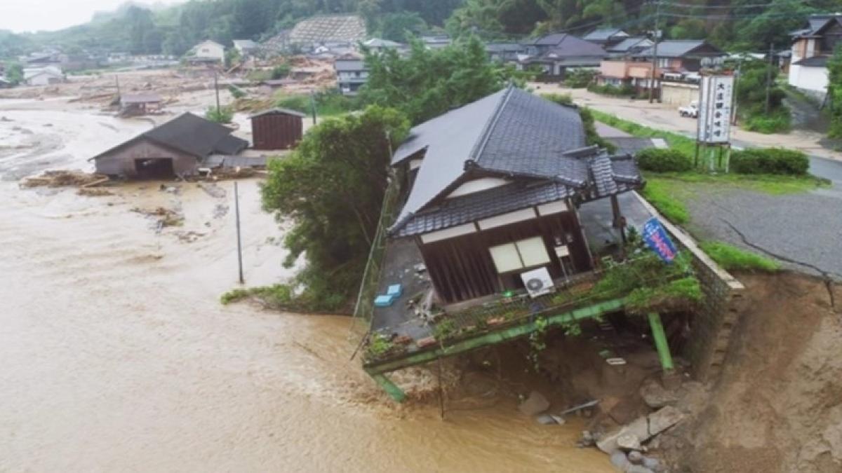 Japan floods: Death toll from devastating floods rises to 141