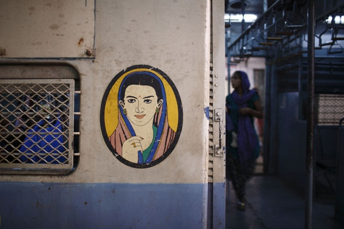 Bombay High Court directs Railways to provide full-fledged first-class compartment for women in local trains