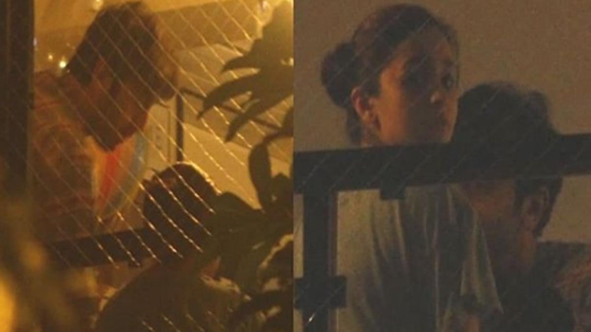 Everyone RAAZI? Ranbir Kapoor spotted at Alia Bhatt's house to meet her family; what's cooking 'Ralia'!