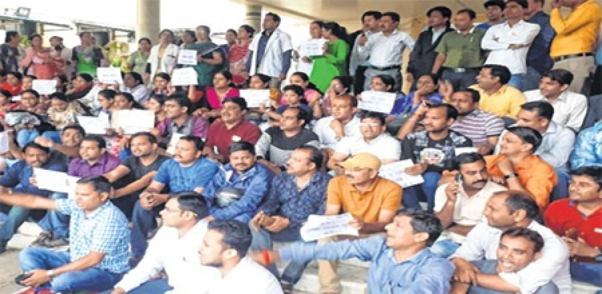 Indore: Junior doctors threaten to given mass resignation