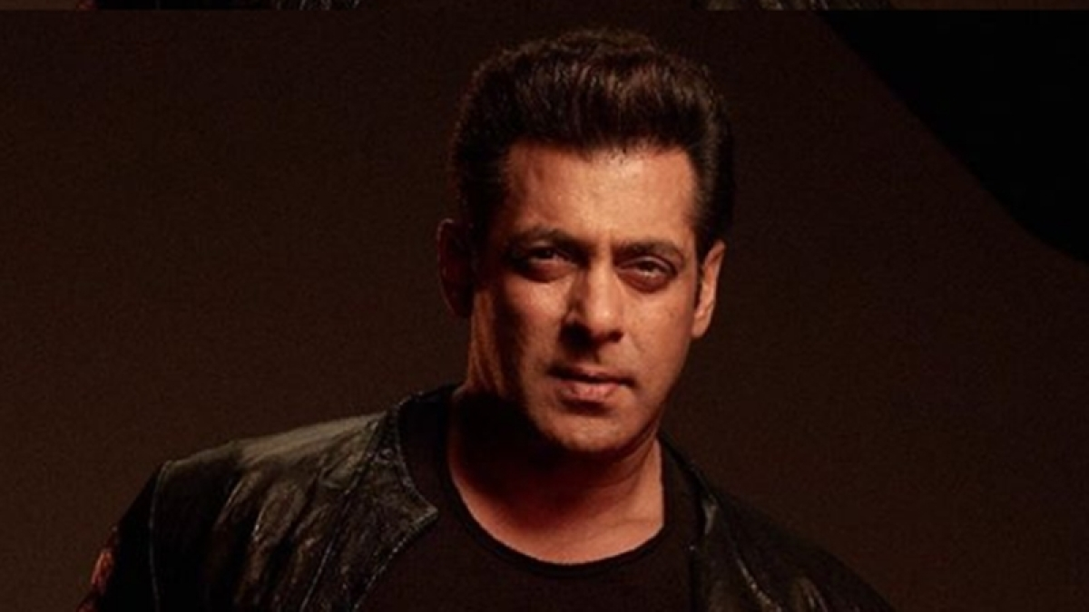 'Cannot survive watching Race 3 again': Fans on Salman Khan urging people to watch his film