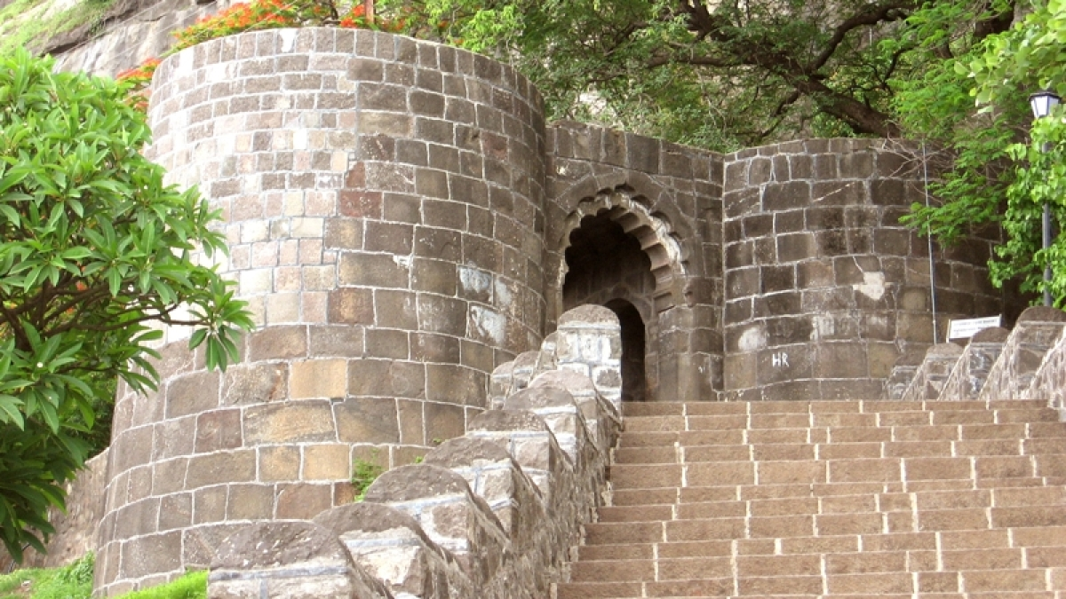 Campaign to clean Maharashtra forts under MNREGA, EGS