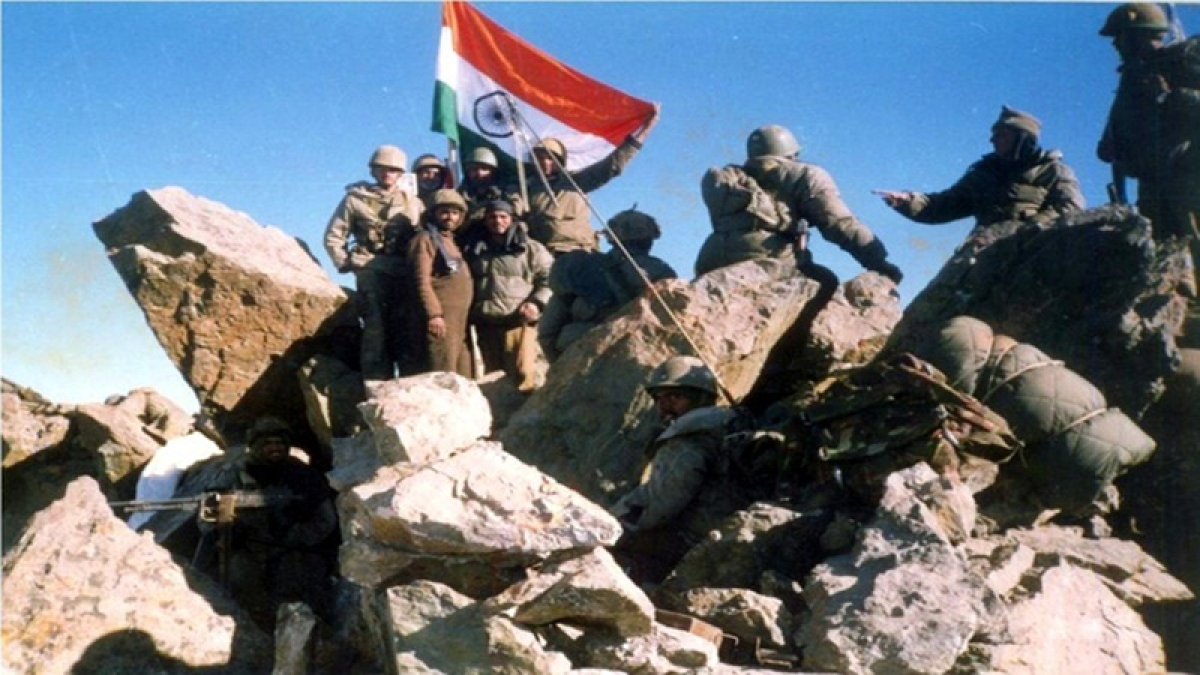On This Day in History: July 4, 1999 – Indian Army hoists tricolour on Tiger Hill after recapturing it from Pakistan