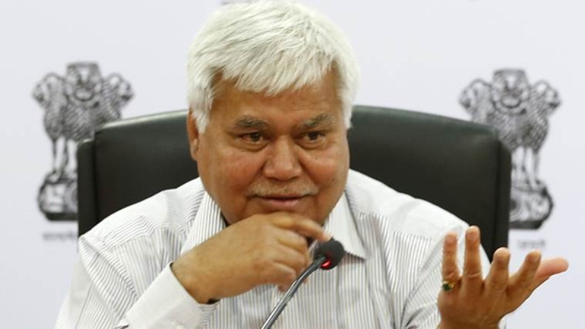 Threw challenge not as Trai chief but an ordinary citizen: R S Sharma to Twitterati