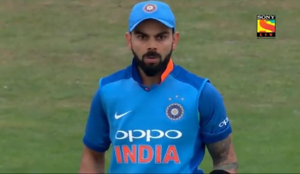Watch Video! Virat Kohli does a Mike Gatting after being stunned by Adil Rashid's ripper in 3rd ODI