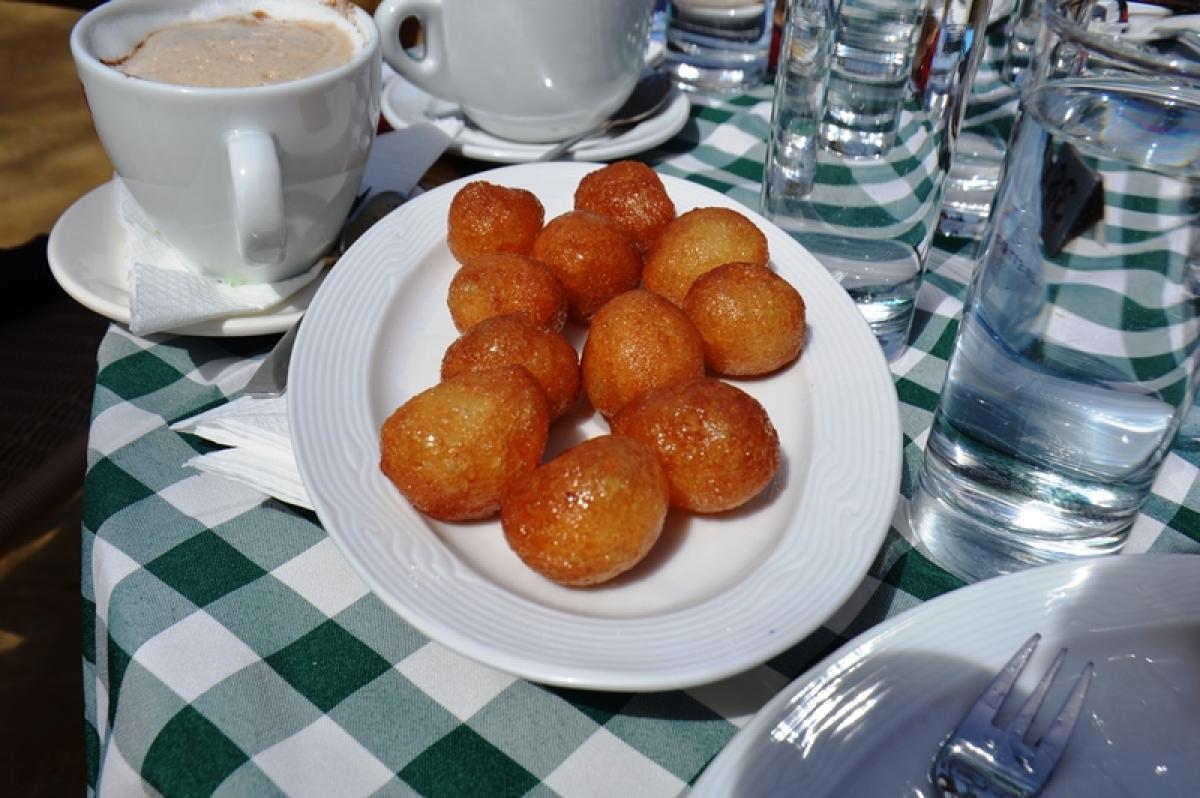 Honey balls dessert