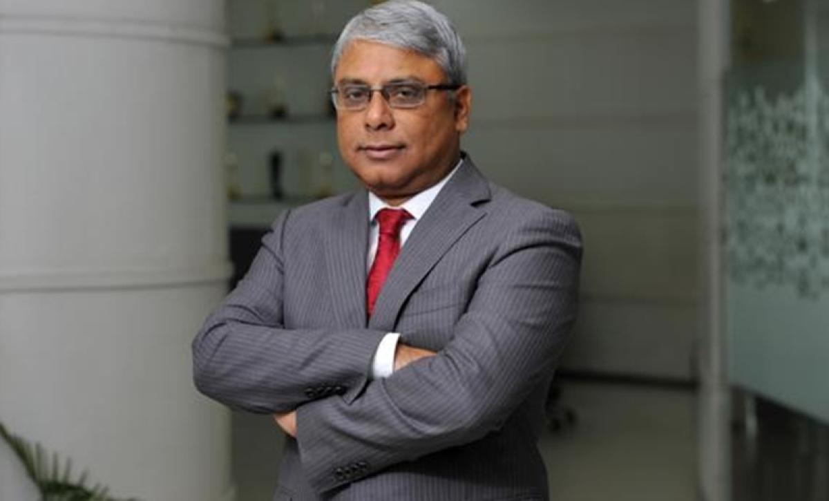 Arijit Basu takes charges as SBI managing director