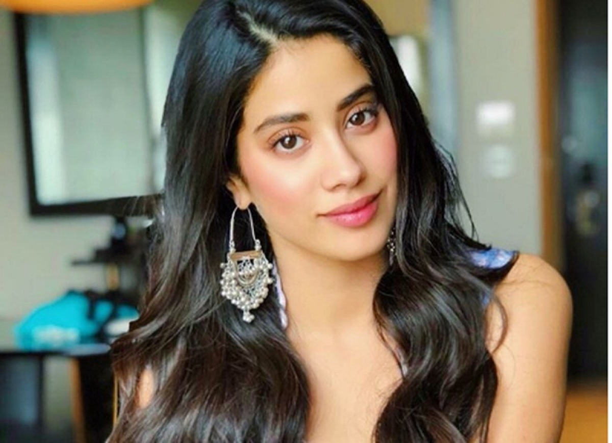 Dhadak actor Janhvi Kapoor gets trolled for alleged plastic surgery, fans come to the rescue