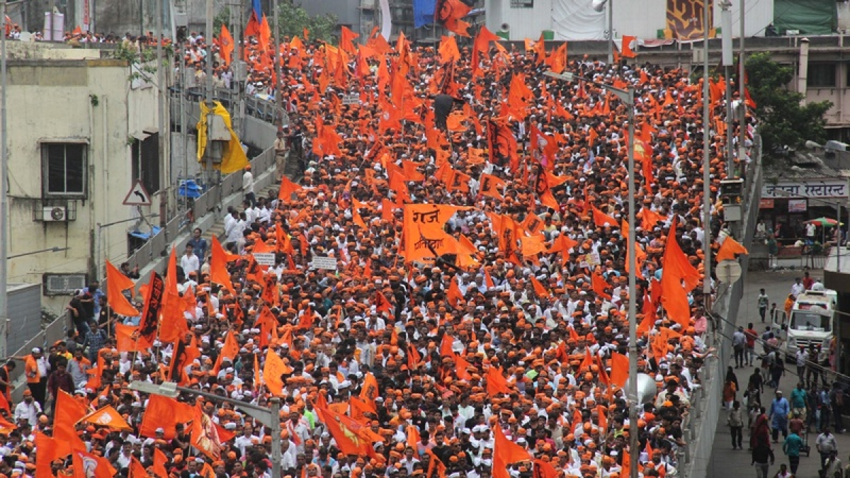 Maratha quota stir updates: Maratha outfit to hold 'vehicle march' in Mumbai, women begin indefinite sit-in stir at Azad Maidan