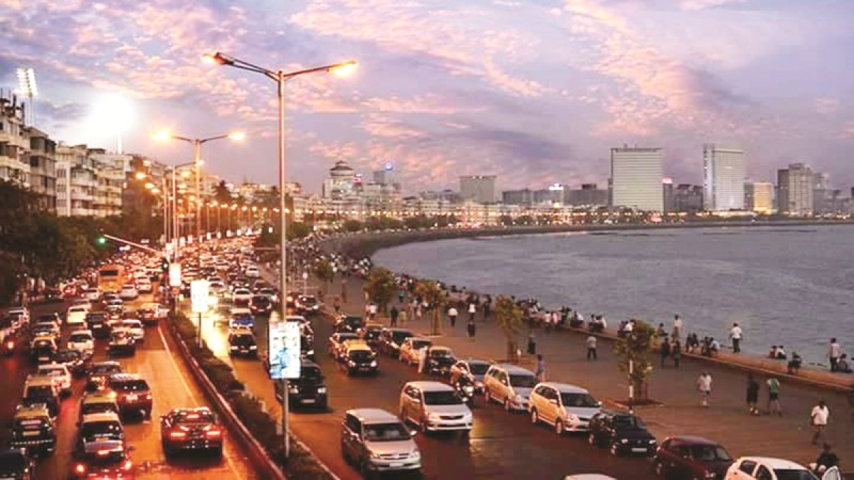 Mumbai Reflections! Pictures that tell the glowing story of Maximum City