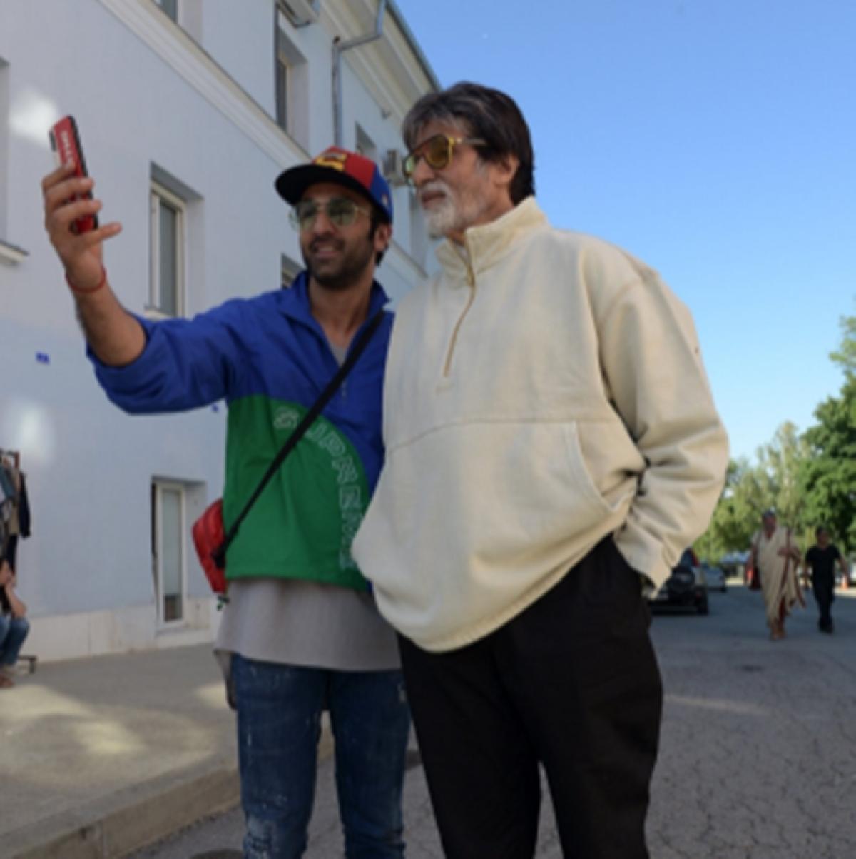 'Brahmastra': Amitabh Bachchan takes a stroll in New York with Ranbir Kapoor