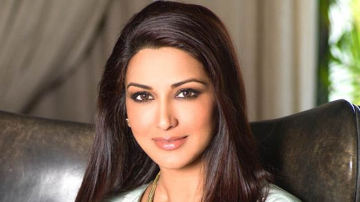 Sonali Bendre appreciates her friends for being strength of her life; shares emotional post on Instagram