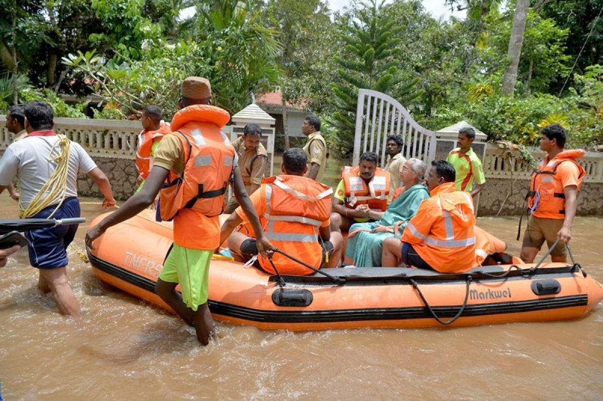 Southern Railway refunds Rs 7.68 cr to victims of Kerala floods