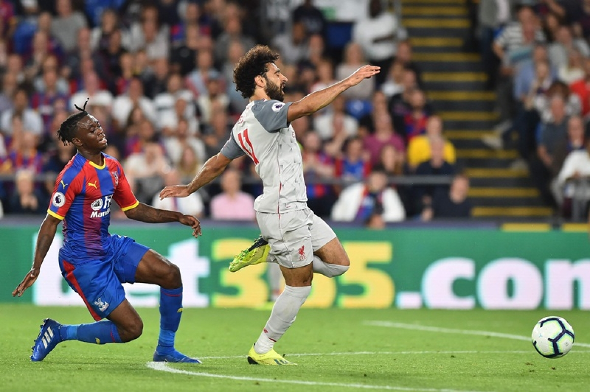 Mohamed Salah wins controversial penalty as Liverpool beats Crystal Palace