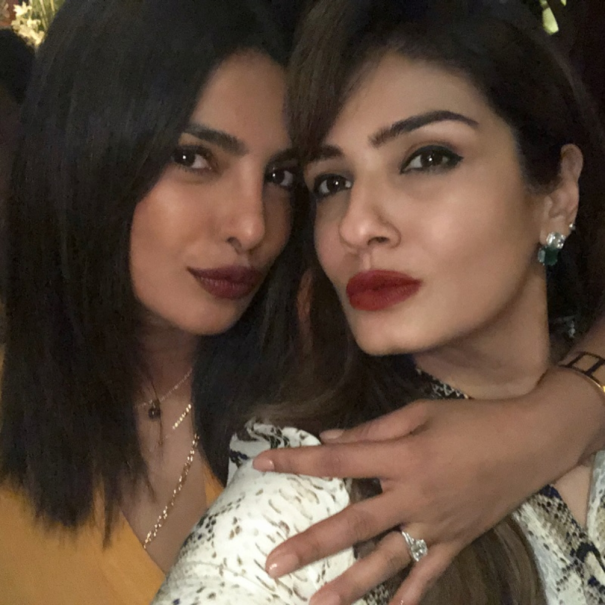 Gotcha! Inside pics of Priyanka Chopra flaunting engagement ring at Manish Malhotra's bash