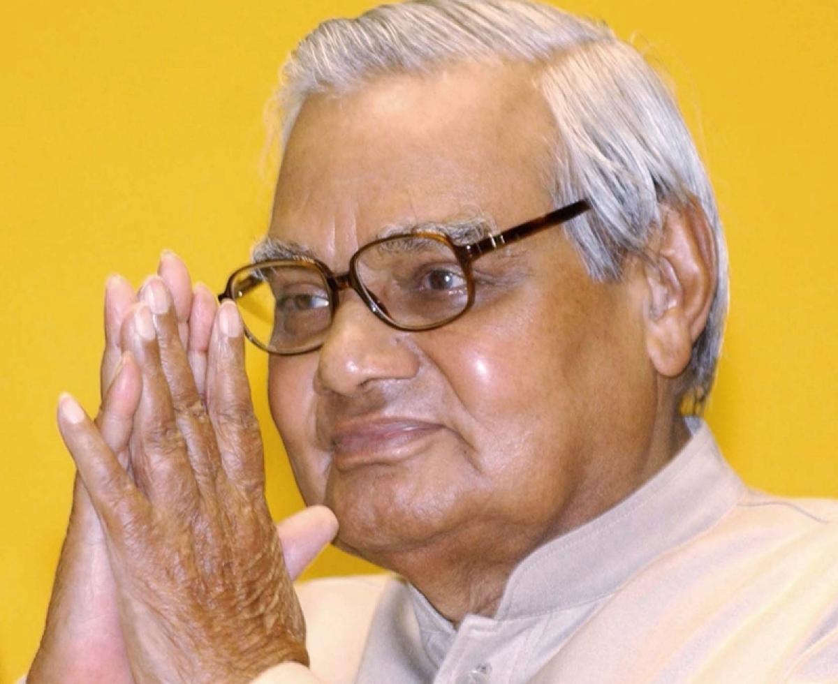 Atal Bihari Vajpayee spent three hours at Maharashtra BJP functionary's wedding