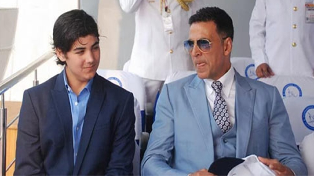 Akshay Kumar's response on son Aarav's acting debut proves he is just like any other dad!
