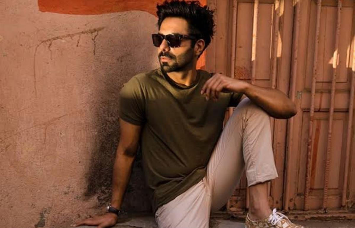 Aparshakti Khurrana roped in Kriti Sanon-Kartik Aaryan-starrer 'Luka Chuppi'
