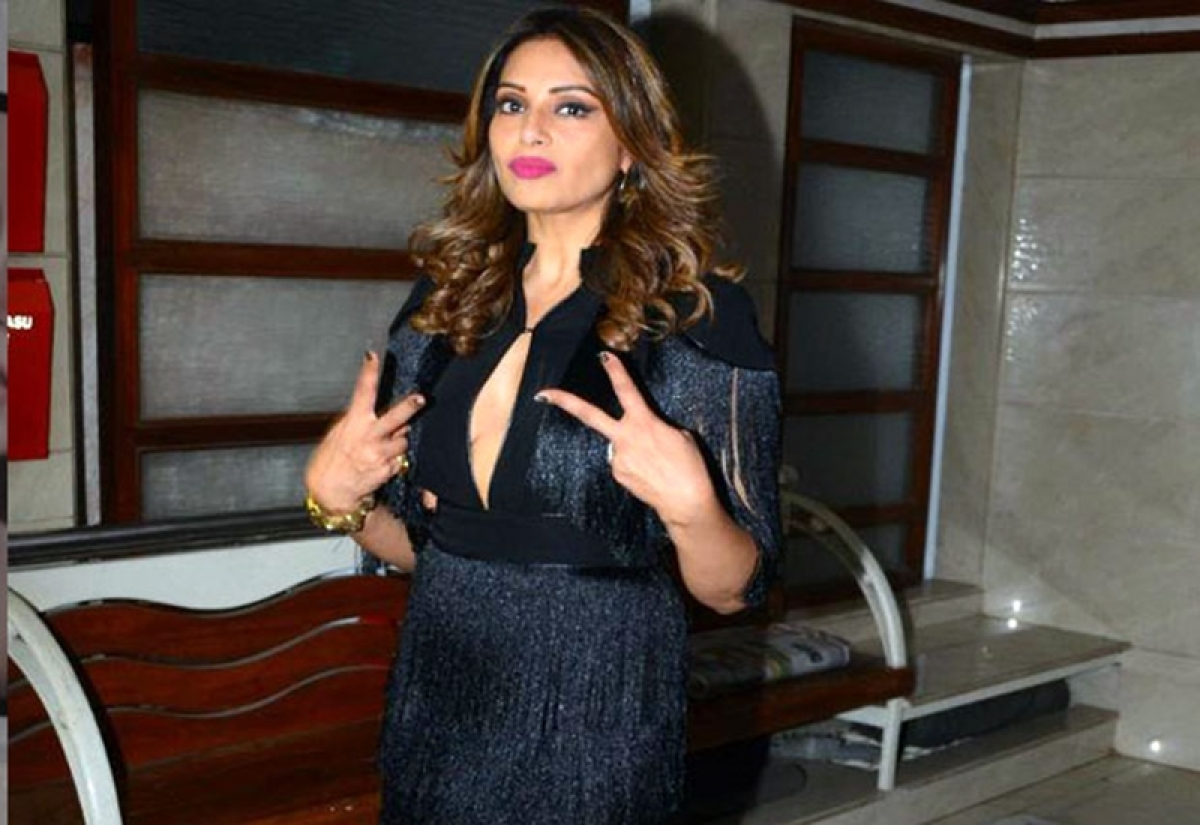 Bipasha Basu supports cause for woman empowerment