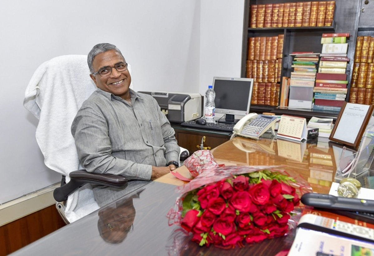 New Delhi: Newly-elected Deputy Chairman of the Rajya Sabha Harivansh Narayan Singh takes charge at his office at Parliament, in New Delhi on Thursday, Aug 9, 2018. PTI Photo/Manvender Vashist) (PTI8_9_2018_000217B)