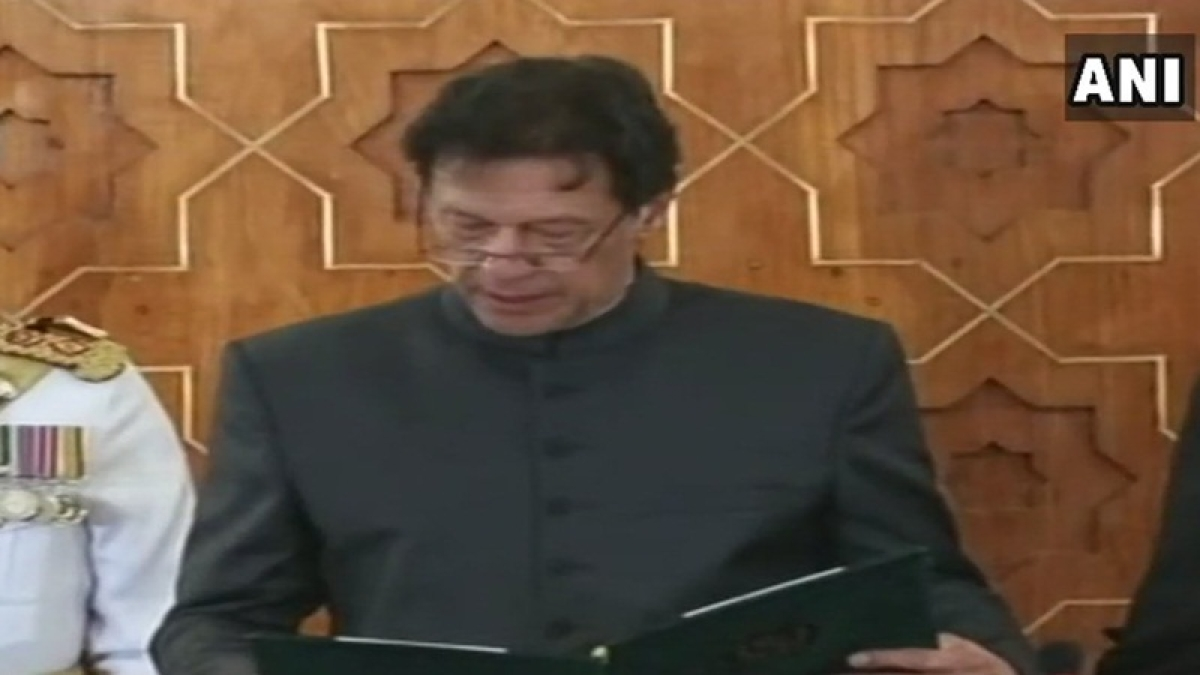 Pakistan: 16 ministers from Prime Minister Imran Khan's cabinet sworn-in