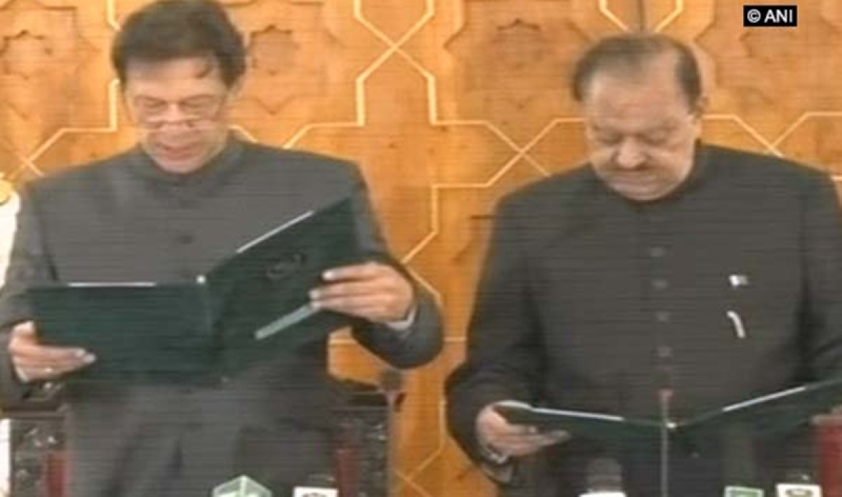 Imran Khan sworn in as new Pakistan Prime Minister; Sidhu, Wasim Akram present at ceremony