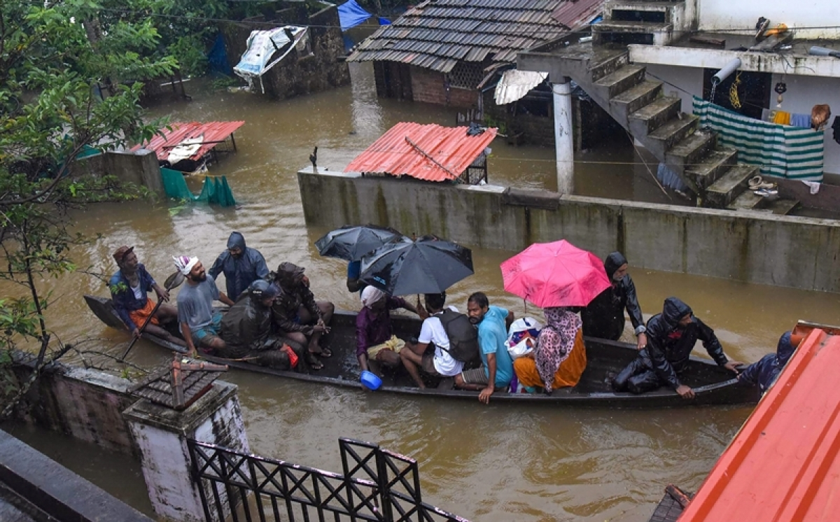 Kerala floods: Death toll reaches 87; Centre deploys three wings of armed forces