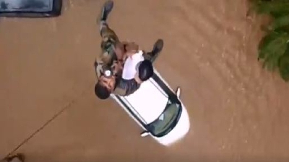 Kerala flood throws glimpses into extra-ordinary heroism and compassion